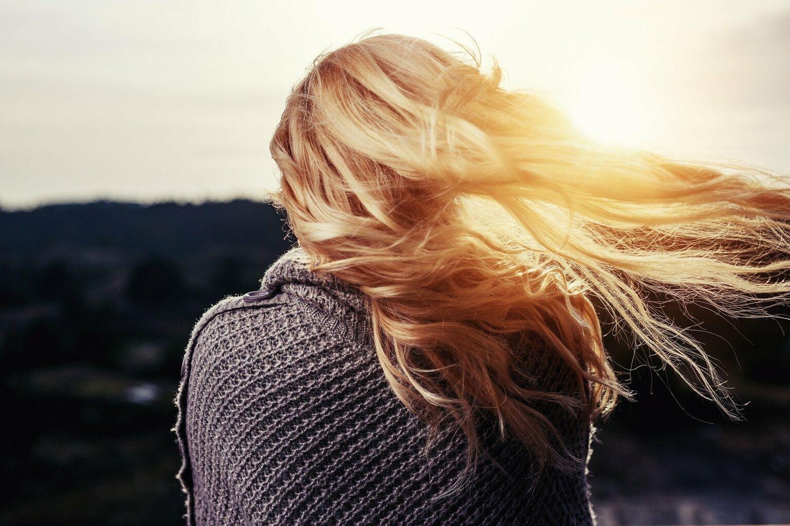 6 Consejos Probados Para Cuidar El Pelo En Invierno Effortless Chic